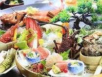 伊勢海老、鮑、金目鯛と豪華な食の饗宴となる露天風呂が付いた客室用冬料理『旬彩』。