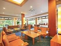 ロビーには売店と喫茶ラウンジがあるのでお買い物や寛ぎの場所にもご利用下さい。