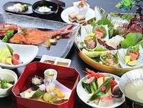 2017:旬彩・春料理。※6月上旬まで提供予定。素材を厳選した和会席膳例。※お造里は2名様盛りの一例