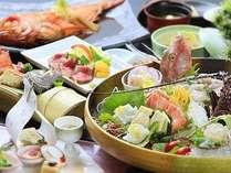 伊勢海老、金目鯛、地魚など、豪華な食の饗宴となるハイクオリティな和会席膳一例。