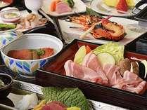 静岡産銘柄豚のとこ豚ポークはジューシーな美味しさが好評。海の幸と合わせえて召し上がれ♪