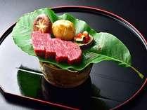 高級和牛ステーキ。柔らかい肉質と堪えられない旨味、ぜひこの機会にご堪能ください