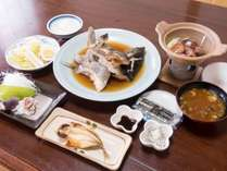 ×掲載禁止×*【和朝食(一例)】朝食も元気が出る健康的な海の幸のメニュー♪