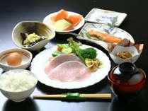 地元の野菜をつかった♪美味し和朝食!全体一例