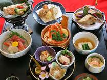 *厳選された季節の旬な食材を使い、新潟の素朴な田舎料理をご用意致します(夕食一例)