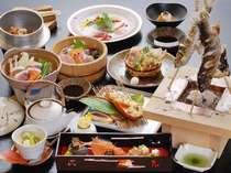 鈍川名物いのぶた鍋と会席料理(例)