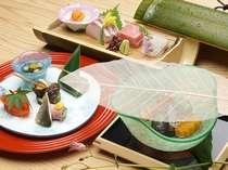 *季節の懐石料理一例。優しい味付けにこだわり、一品一品丁寧にお作りしております。