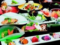 ◆4つの嬉しい特典付♪◆チェックイン13時から!夕食時タラバ蟹の炭火焼き付他!お部屋か個室で夕食を♪