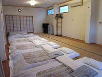 広々とした25畳の部屋