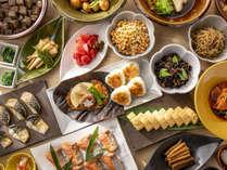 *【朝食:バイキング(一例)】朝に嬉しい料理の数々をご提供いたします