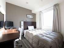 140cm幅ベッド1名仕様。ポケットコイルマットレス、オリジナル快眠枕「チョイスピロー」完備。