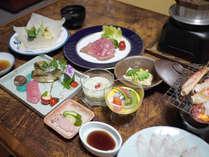 *四季折々の味覚をお楽しみ頂けるお食事となっております(一例)