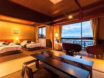 【特別室】絶景日本海が独り占めできる贅沢空間。話題のマシンで淹れたコーヒーを片手に夕日観賞はいかが