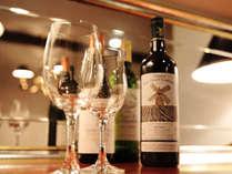 ワインとともに贅沢な夕食を・・・。