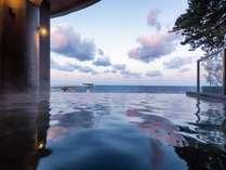【温泉】ホテルシーモアの露天風呂(三段の湯)