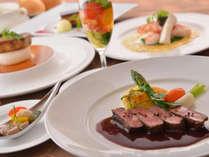 【フランス料理】地元産食材のスペシャリテなど美食のフレンチフルコースをご用意します。