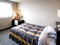ベッド幅120cmのシングルタイプです。