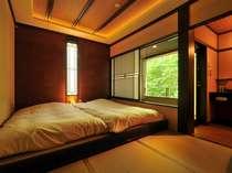 東雲の寝室