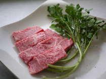 国産和牛の霜降りステーキは絶品です!