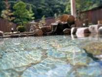 朝風呂も宿泊者貸切で入れるふれあいプラザの露天風呂。