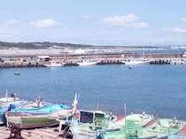 阿字ケ浦海岸(市内最大の海水浴場)は車で6分