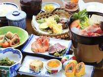 ご夕食(イメージ)・旬の地元食材や特産品を中心に四季折々の味を盛り込んだお料理をご用意