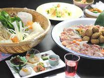新鮮な野菜と鶏肉との相性が抜群のとり鍋!!