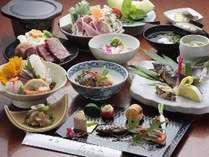 【ご夕食例】野菜は全て湯布院の地のものを使用。お米も湯布院産をお出ししております。