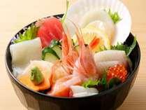 メインはお客様自身で作っていただく海鮮丼ぶり。
