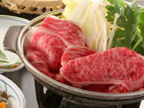 *夕食一例/牛肉の陶板焼きなどをご用意いたします。