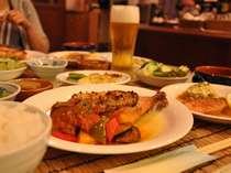 大人気の夕食。生ビールで乾杯!