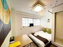 ダブルルーム302号室