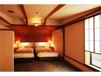 ツイン:セミダブル2台、EXベッド可。ご家族・ファミリープランに最適のお部屋です。