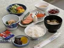 ご朝食☆和食☆毎日メニューが変わるので、長期滞在にも嬉しい♪(洋食もございます)