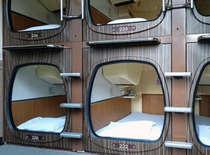 朝5時~11時まで限定、デイユースOK。始発待ちや早朝広島到着の仮眠などにご利用ください。