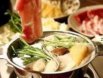 ■薬膳火鍋:ブリーズベイホテルグループ専属シェフ考案によるオリジナルなテイストを味わえます♪