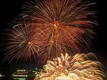 ★「冬花火・湖上の舞」!スペクタクルな花火を客室から望めます♪