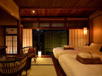 薄桜(京町屋ツイン風和室)お庭の見える畳のお部屋です。