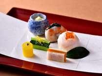 冬の京会席一例:八寸 旬の食材を彩りよく、目でもお楽しみください。(写真は一例です)