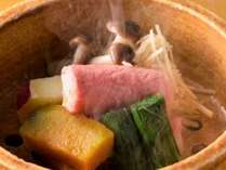 冬の料理長特選会席一例:国産肉 国産サーロインの蒸ししゃぶです。