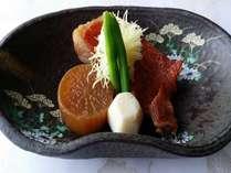 金目鯛の煮付け金目鯛を知り尽くした調理長味付けをご堪能ください。