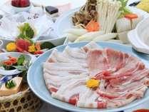 豚のしゃぶしゃぶ食べ放題夕食の一例