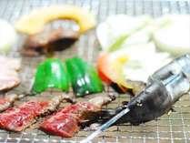 ジャージ牛肉・オーナーが釣ってきたヤマメ、蒜山高原野菜で楽しむBBQ