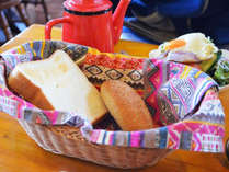 【朝食付】夕食は外で食べるコテージプラン