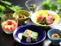 地元野菜を使って季節感あふれる料理をご提供