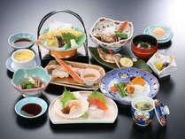 1泊2食◆和食のお膳と源泉かけ流し温泉☆禁煙室☆