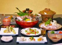 天然クエ1人鍋+地魚姿造りアワビ付きプランの夕食です♪(一例)