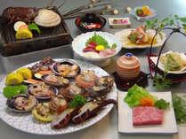 熊野牛ステーキ+磯焼き付きプランの夕食です。お肉も海鮮も両方堪能したい方に!