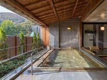【ホテル花巻 花巻の湯 ひのき露天風呂】ご宿泊のお客様はホテル3館の湯めぐりをお楽しみいただけます。
