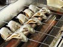 調理-虹鱒の串焼き(焼き)